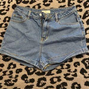 John Galt (Brandy Melville) high rise shorts 8/29